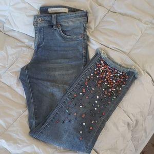 Embellished raw hem cropped straight jean